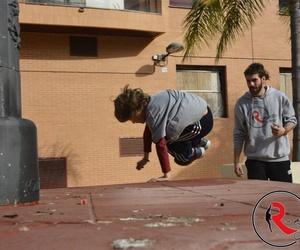 Clases de parkour en el barrio de Ruzafa, Valencia