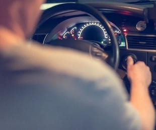 Conducir bajo los efectos del alcohol puede ser también peligroso para tus coberturas