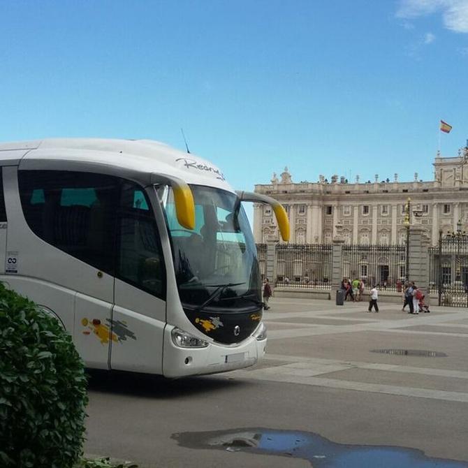 Beneficios de que el bus sea el transporte elegido en excursiones