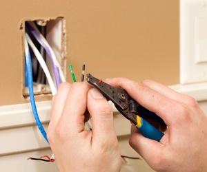 Reformas eléctricas en Llubí, Baleares