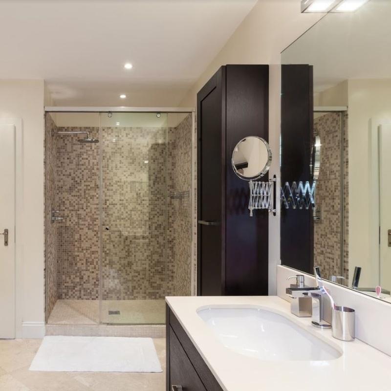 Cambio de bañera por plato de ducha: Servicios de MultiMontseny Serveis I Manteniments