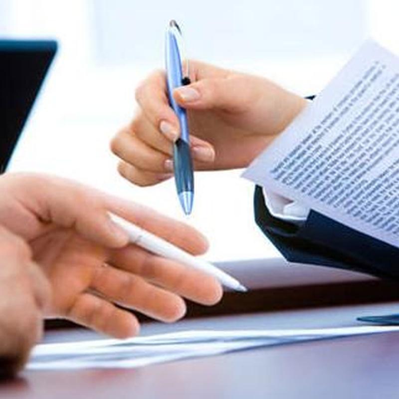 Derecho Administrativo: Especialidades de Alejandro Toribio Abogado