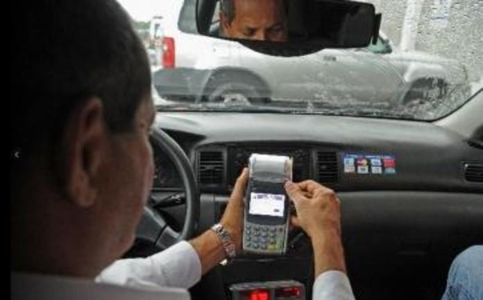 PAGO CON TARJETA : NUESTROS SERVICIOS de Radio Taxi Villa Jovellanos