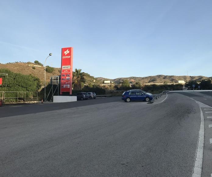 Parking 24 horas: Servicios de Cepsa Cajiz