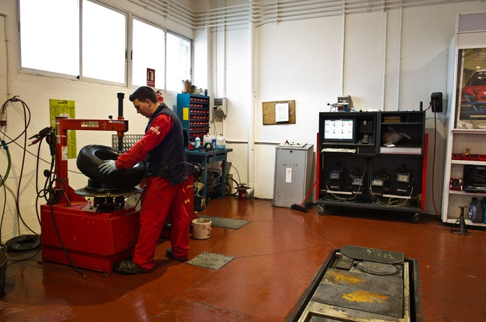 Taller de reparación mecánica del automóvil: Servicios de Talleres C.R. La Unión