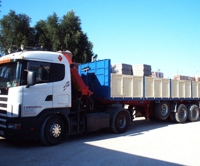 Contenedores y vehículos: Materiales de construcción de F. Campanero Materiales Construcción, S.L.