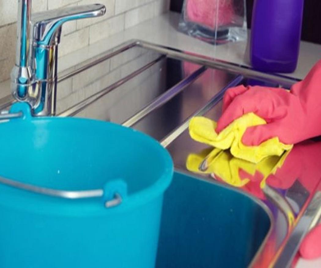 ¿Por qué usar el amoniaco para tareas de limpieza?