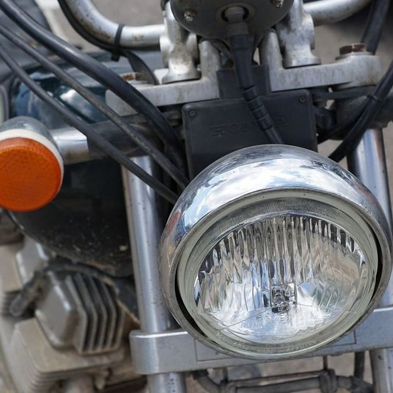 Curso de iniciado en moto: Permisos y cursos de Motocircuito
