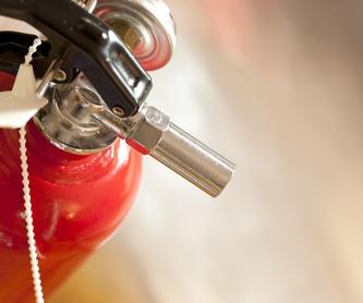 Limpieza y mantenimiento del sistema de extracción de humos: Servicios recogida de aceite de Reciclados Deter-Oil