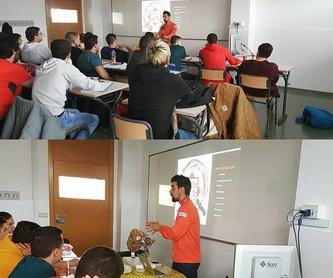 Asesoramiento y venta de jamones y embutidos: Servicios de Carlos Pérez Cortador Profesional