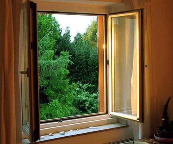 Una buena ventilación reduce muchísimo la humedad que creamos en el interior.
