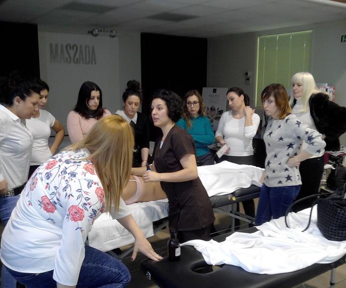 Con Nerea(Técnica de Massada )impartiendo la formación en Iruñea