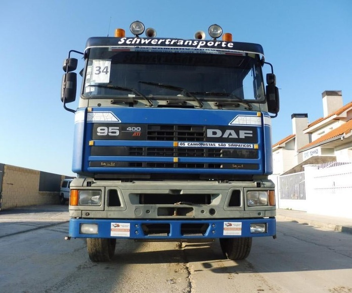 DAF ATI 400 6X4: Vehículos industriales de Emirtrucks Trading