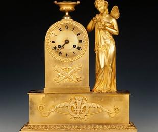 Reloj de sobremesa francés