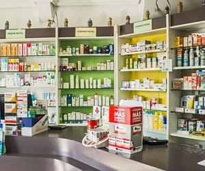 Productos cosméticos y de farmacia en Narón
