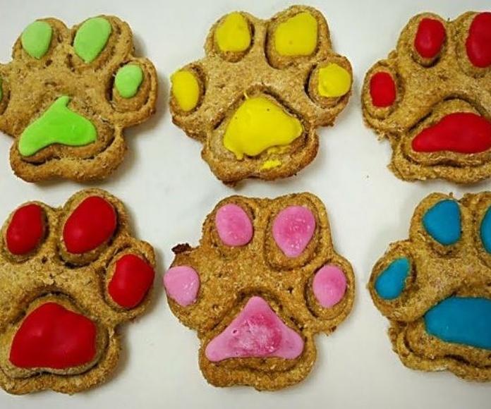 Huellas: Productos y servicios de Més Que Gossos