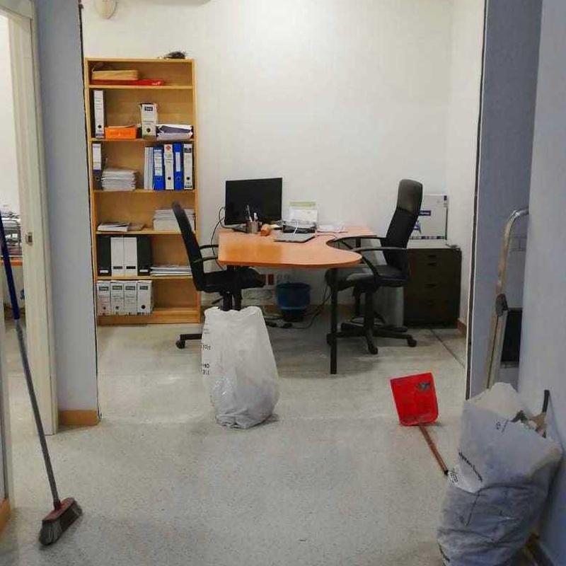 Carpintería de aluminio  : SERVICIOS de Instalaciones Corneclima