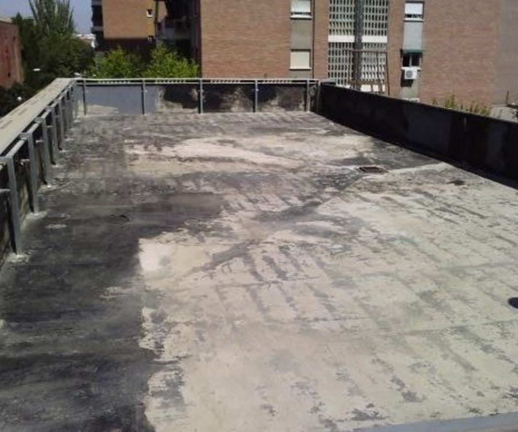 ¿Cómo tratar las humedades en paredes y suelos?