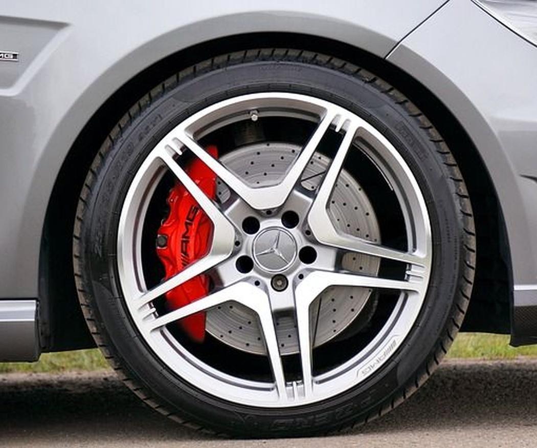 Las partes de los neumáticos