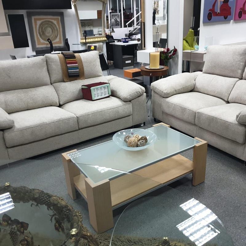 Mesas: Nuestros muebles de Muebles Aquilino
