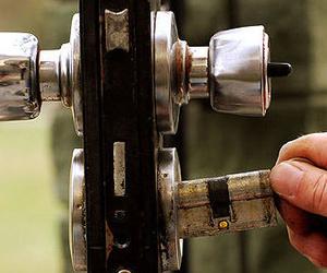 Cambio de bombillo de cerraduras