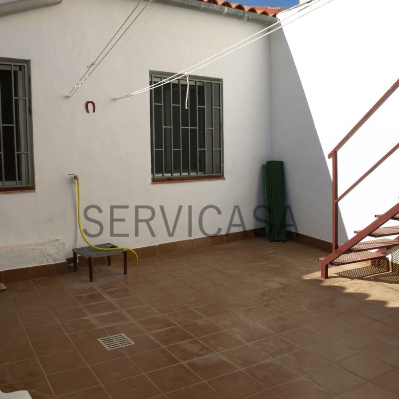 CASA EN ALQUILER 400€/MES: Compra y alquiler de Servicasa Servicios Inmobiliarios