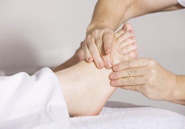 Osteopatía, masaje y reflexología podal