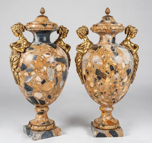 Pareja de copas francesas de mármol : Catálogo de Goya Subastas