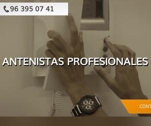 Instalación de porteros automáticos en Paterna | Técnicos TV