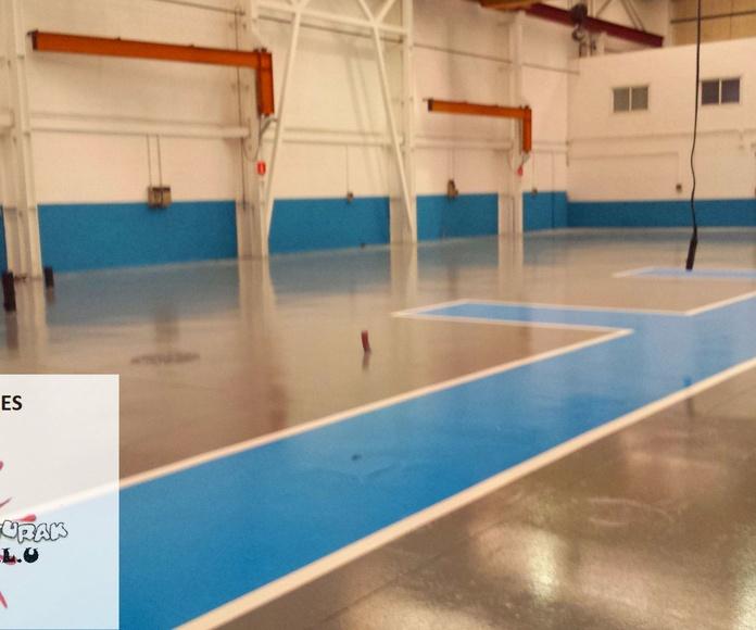 Pintura en pabellones y aparcamientos: Servicios de Jorge Pinturak Margoak S.L.U.