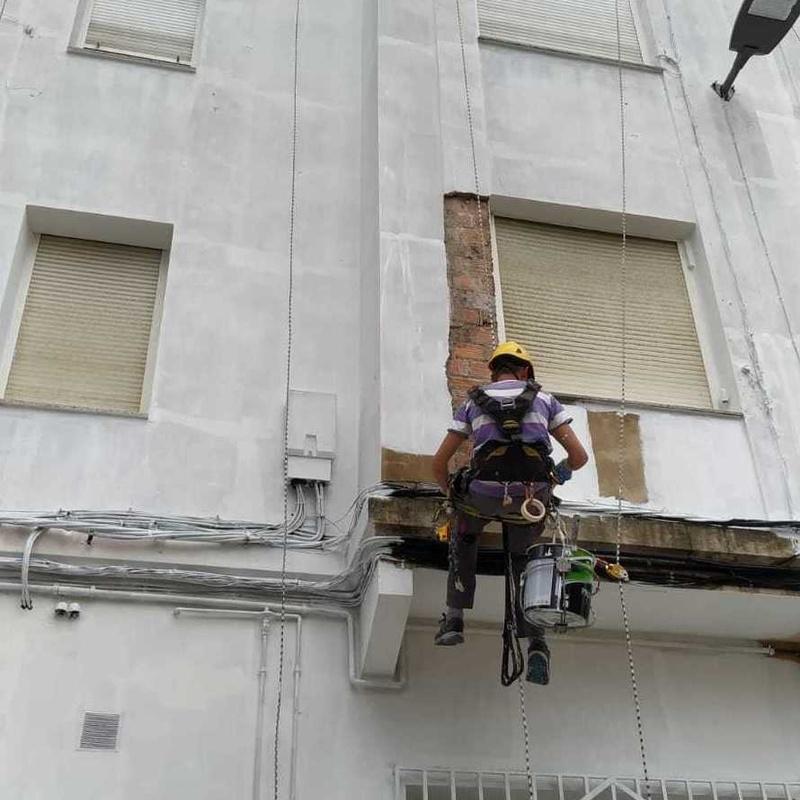 Empresa de trabajos verticales en Santander Torrelavega: Trabajos verticales Santander  de Trabajos Verticales Cantabria