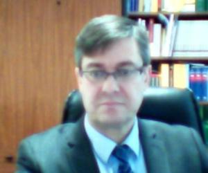 Lisardo Fernandez Fernandez, Abogado  Ponferrada http://www.abogadolisardofernandez.es/es/