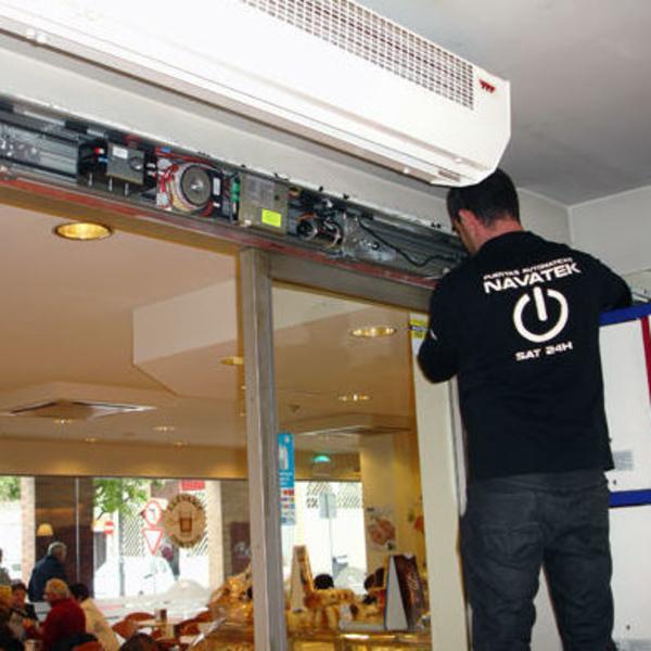 Reparacion de puertas automaticas Navarra