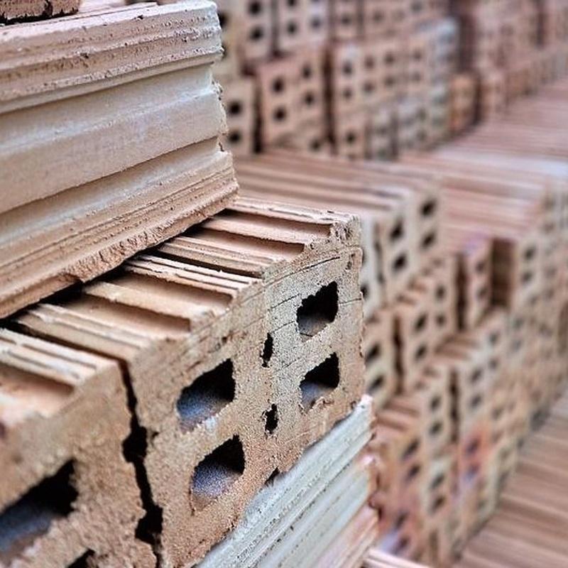 Materiales de Construcción: Servicios de Material per a la Construcció Miquel Bosch