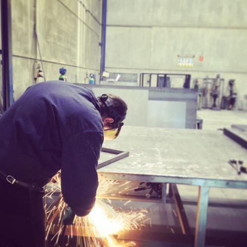 Empresa para la realización de estructuras metálicas