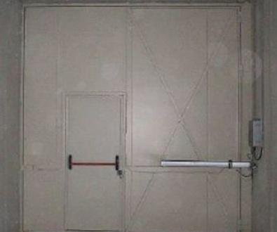 Puertas Batientes cortafuegos contra incendios grandes dimensiones a medida