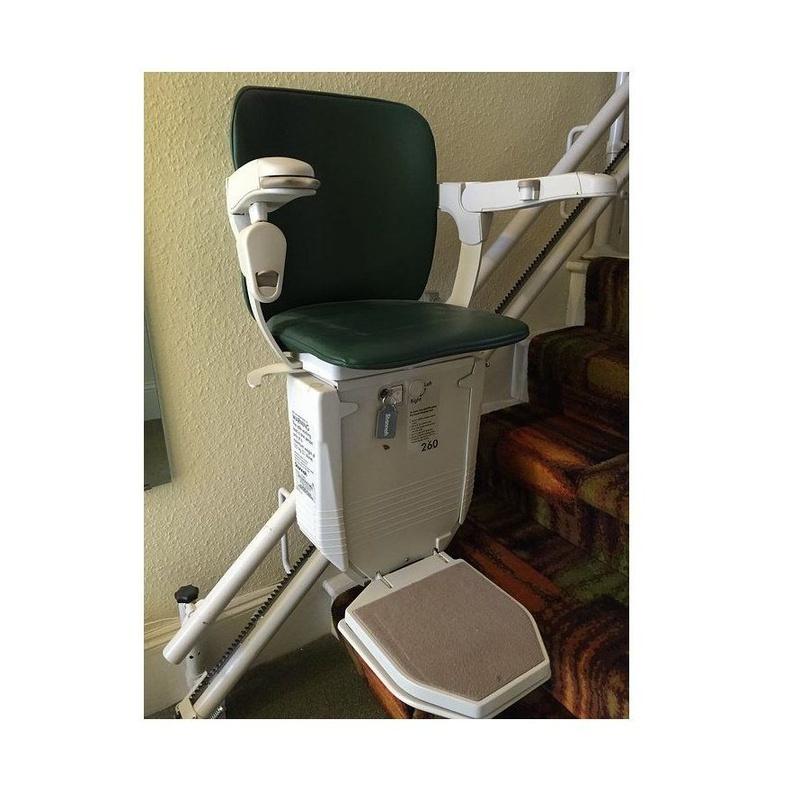 Montacargas y sillas salvaescaleras: Productos y servicios de Electro Fer