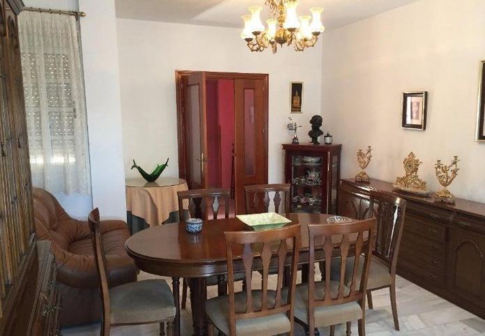 Adosada en Palomares del Río zona Aljarafe: Inmuebles de The House Gestión Inmobiliaria