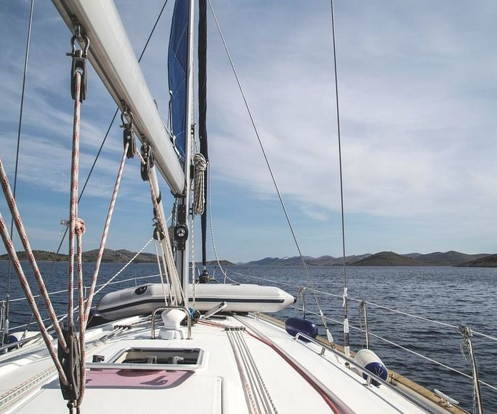 Si está pensando en adquirir una embarcación: Servicios  de Sicon Asesores
