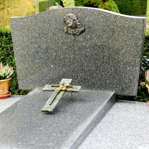 Lápidas en mármol Almería