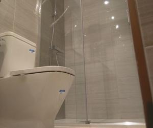 Especialistas en instalación de mamparas de ducha en Bilbao