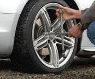 Cómo cambiar neumáticos: guía para cambiar los neumáticos fácilmente