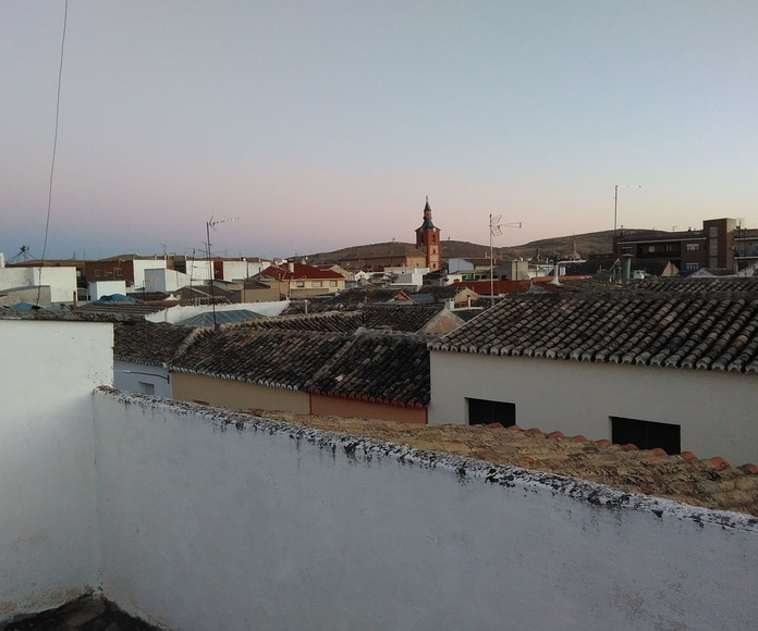 Casa grande de pueblo calle Capas: Inmuebles de Inmobiliaria Minerva
