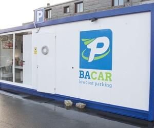 Parking con tarifas económicas en el aeropuerto de Santiago de Compostela
