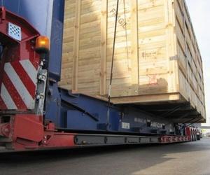 Transportes en general de mercancías y maquinaria pesada