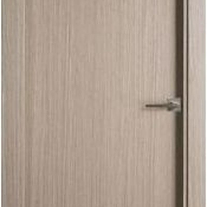 Puerta maciza lisa gris ceniza PVP 311€