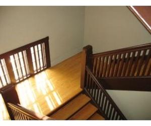 Escaleras y pasamanos
