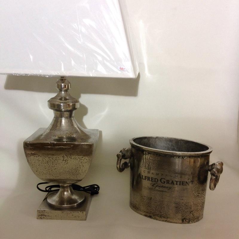 Lámpara y cubo de hielo : Catálogo de Ste Odile Decoración