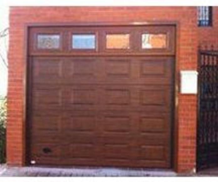 Puertas seccionales: Estilos de puertas de MAFA, S.L.