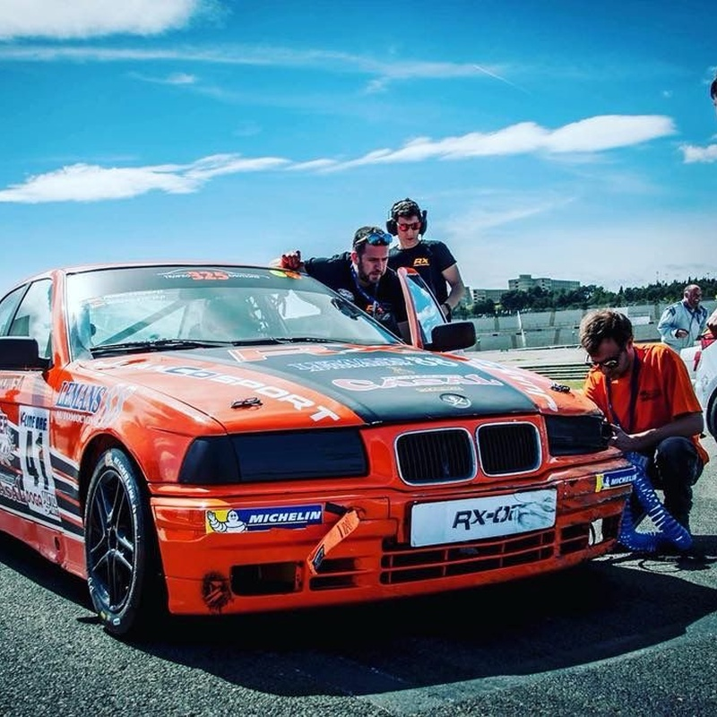 Reparación y preparación de coches de competición: Taller de Juanco Sport